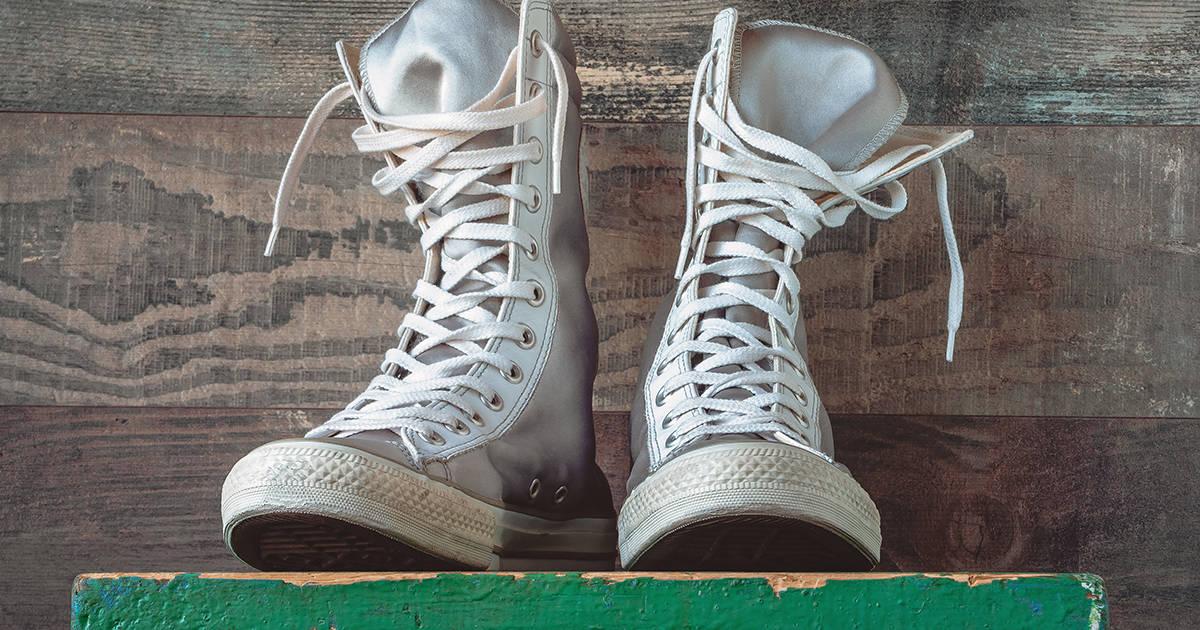 Buying White Shoe